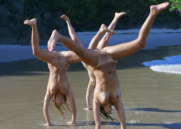 外人パリピのヌーディストビーチの遊び方が異様