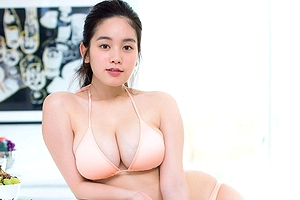 レ●プ騒動が噂されるテラスハウス出身グラドル筧美和子の超乳が更に肥大化