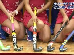女子ホッケー日本代表、パンツ見えるかもしれないに慣れすぎ→「左の子Tバックやん」wwwwwwwww