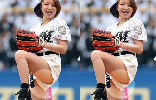鈴木亜美 始球式登板でホットパンツの股間から割れ目に食い込んだ純白パンツが丸見えパンチラ
