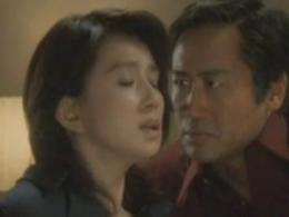 【濡れ場】秋吉久美子 着衣手マンでハァハァてる顔が色っぽい濡れ場動画