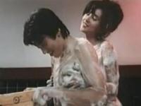 【濡れ場】秋吉久美子 ソープ嬢役で本物も真っ青の泡踊りを披露