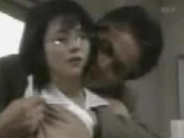 【お宝】小泉今日子 生乳をモミモミされちゃうお宝動画