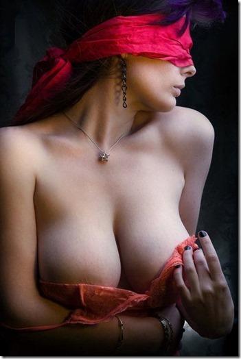妻を縛って『私のオマンコに旦那様のオチンポ下さい!』と言わせたいエロ動画像01