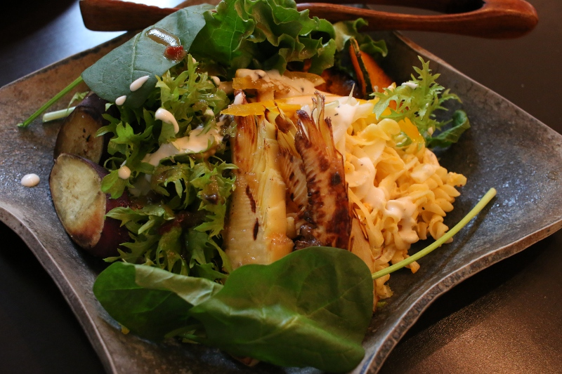 malu cafe マルカフェ 大田区 御嶽山 東急 池上線 ランチ サラダ