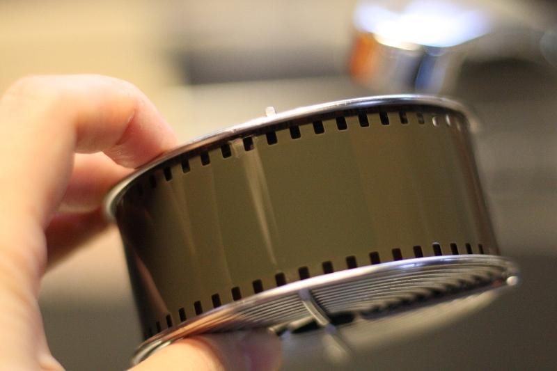 カラー フィルム 白黒現像 モノクロ 写真