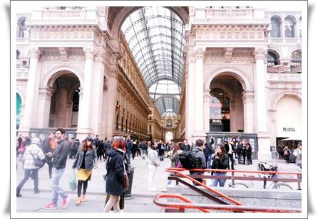 Milan広場 Duomo