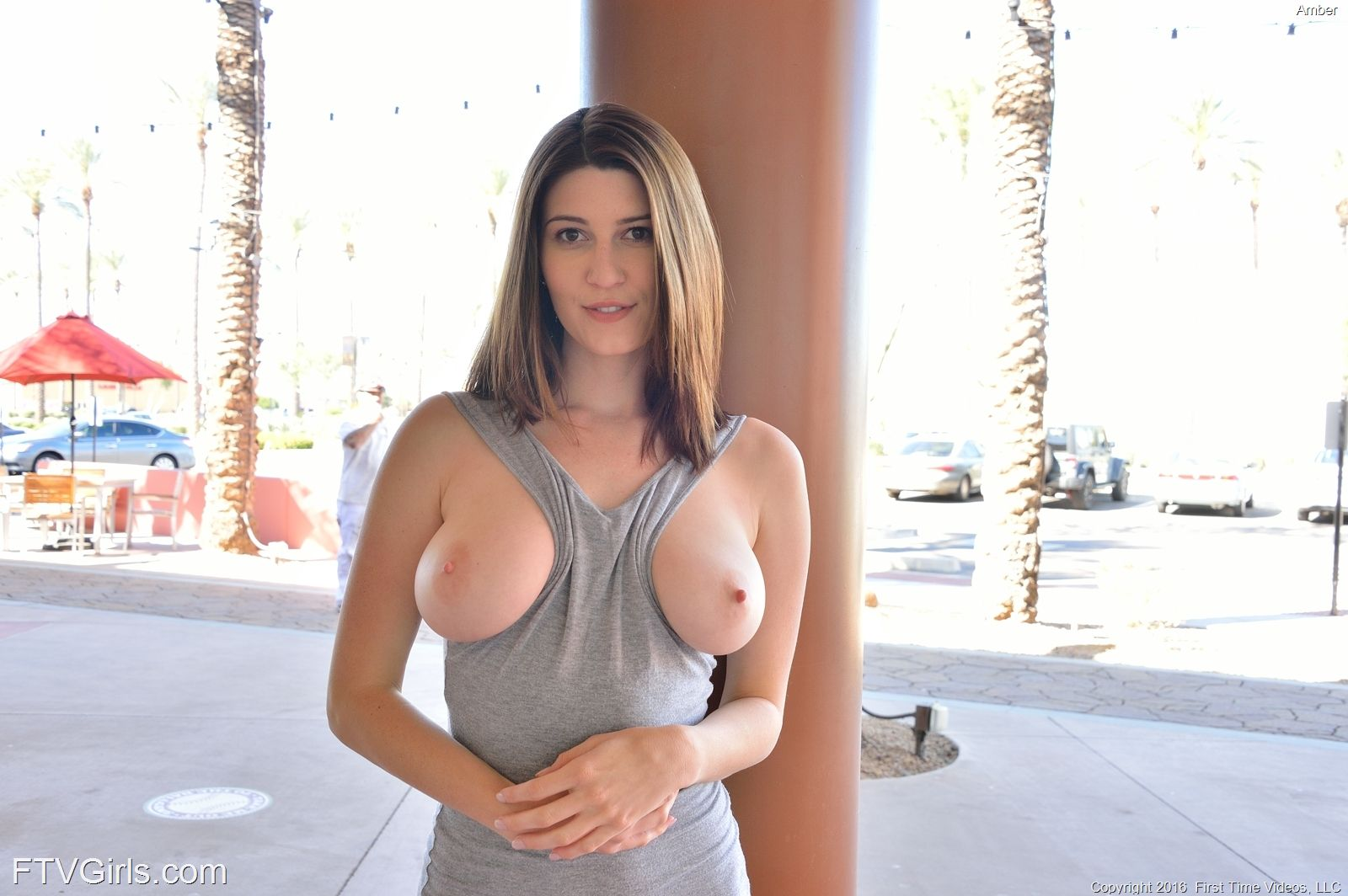 Amber - PERFECT CURVES 01