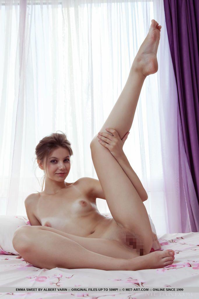 Emma Sweet - PINOVA 02