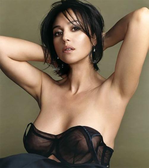 【外人】イタリア人女優モニカ・ベルッチ(Monica Bellucci)の大胆おっぱい露出ポルノ画像