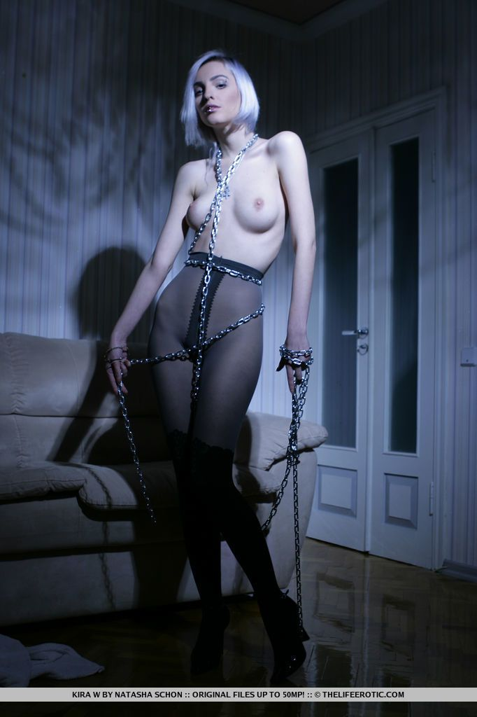 Kira W - TWILIGHT 01