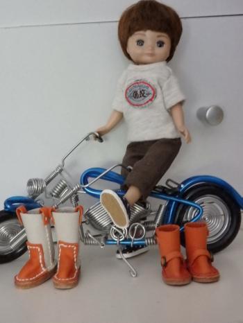 009_convert_20151209125846⑥革ブーツ べチとバイク
