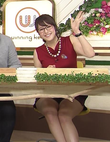鷲見玲奈 メガネキャプ・エロ画像4