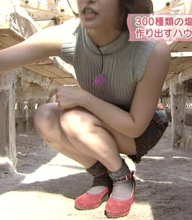 岡本玲 横乳画像4