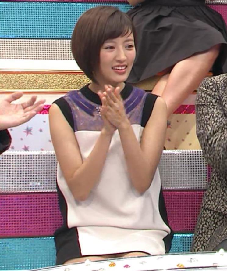 夏菜 ミニスカート画像