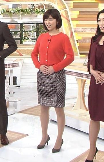 宇賀なつみ スカート画像3