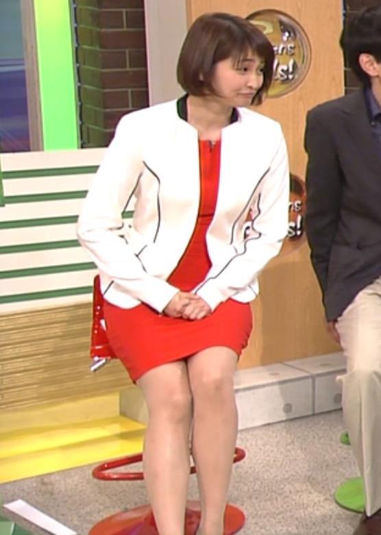 岡本玲 ミニスカート画像9