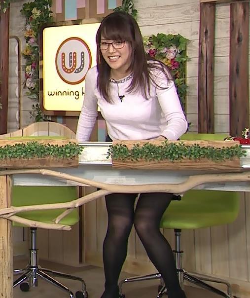 鷲見玲奈 パンチラ画像4