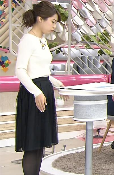 佐藤渚 ニット横乳