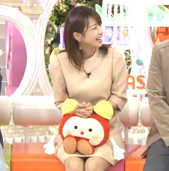 加藤綾子 ミニスカ▼ゾーン (めざましテレビ 20160317)