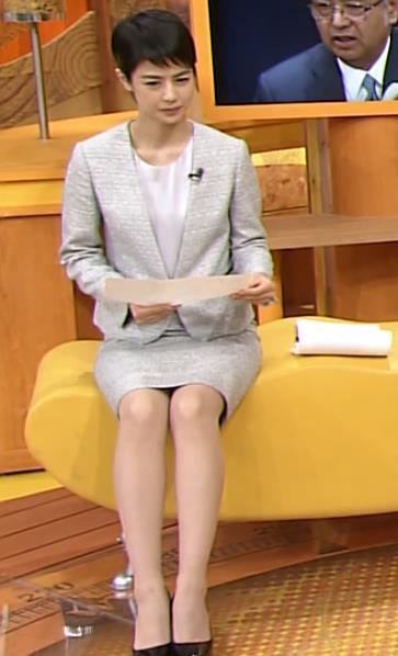 夏目三久 ミニスカート画像2