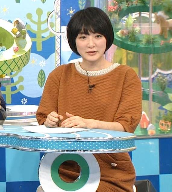生駒里奈 パンチラ画像4