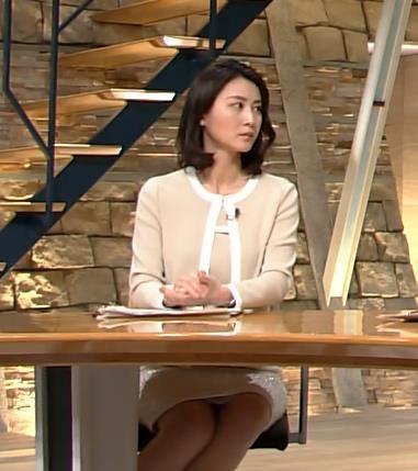 小川彩佳 パンチラ画像6