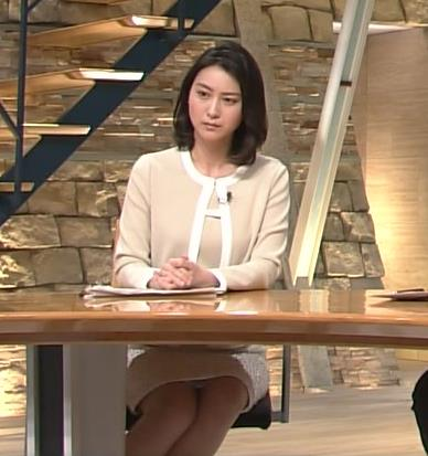 小川彩佳 パンチラ画像4