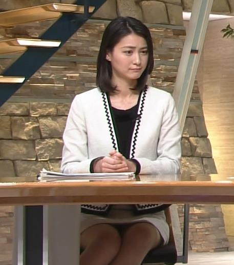 小川彩佳 明るければ確実にパンツが映るカメラワーク