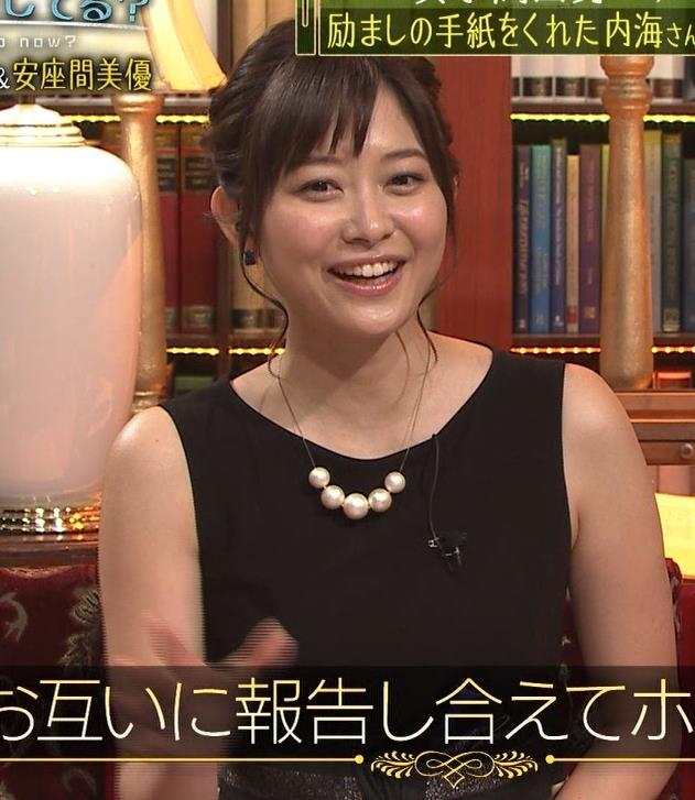 久冨慶子 セクシードレス画像3