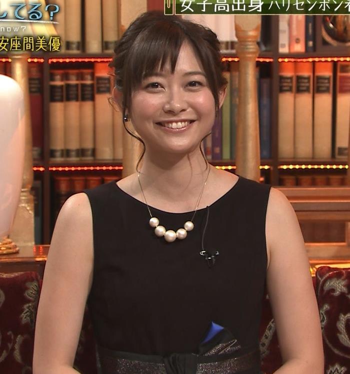 久冨慶子 セクシードレス画像4