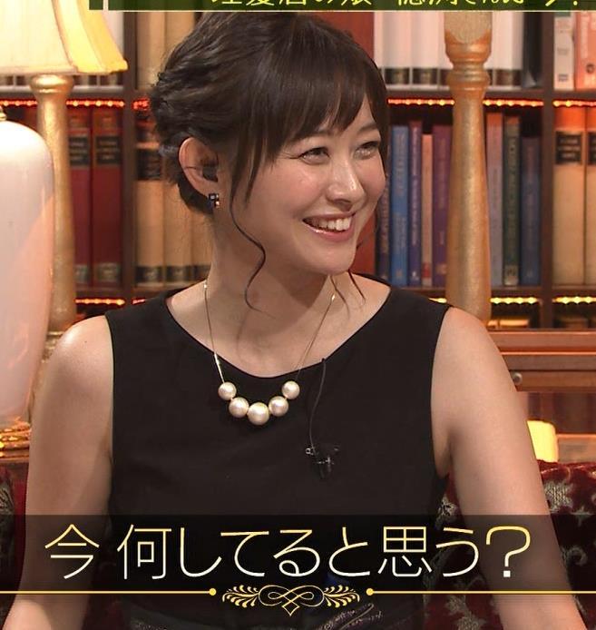 久冨慶子 セクシードレス画像6