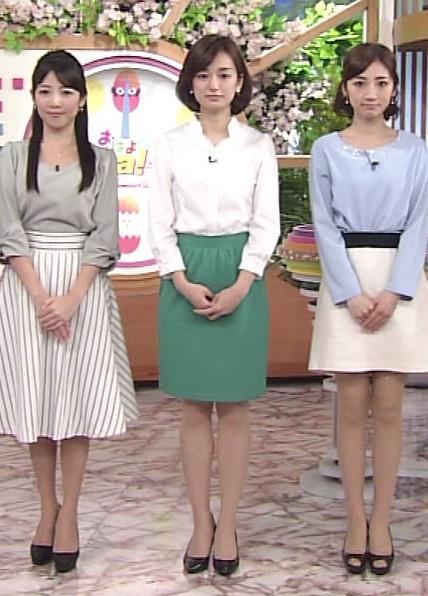 後藤晴菜 タイトミニスカート画像2
