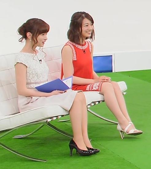 皆藤愛子 ミニスカート画像2