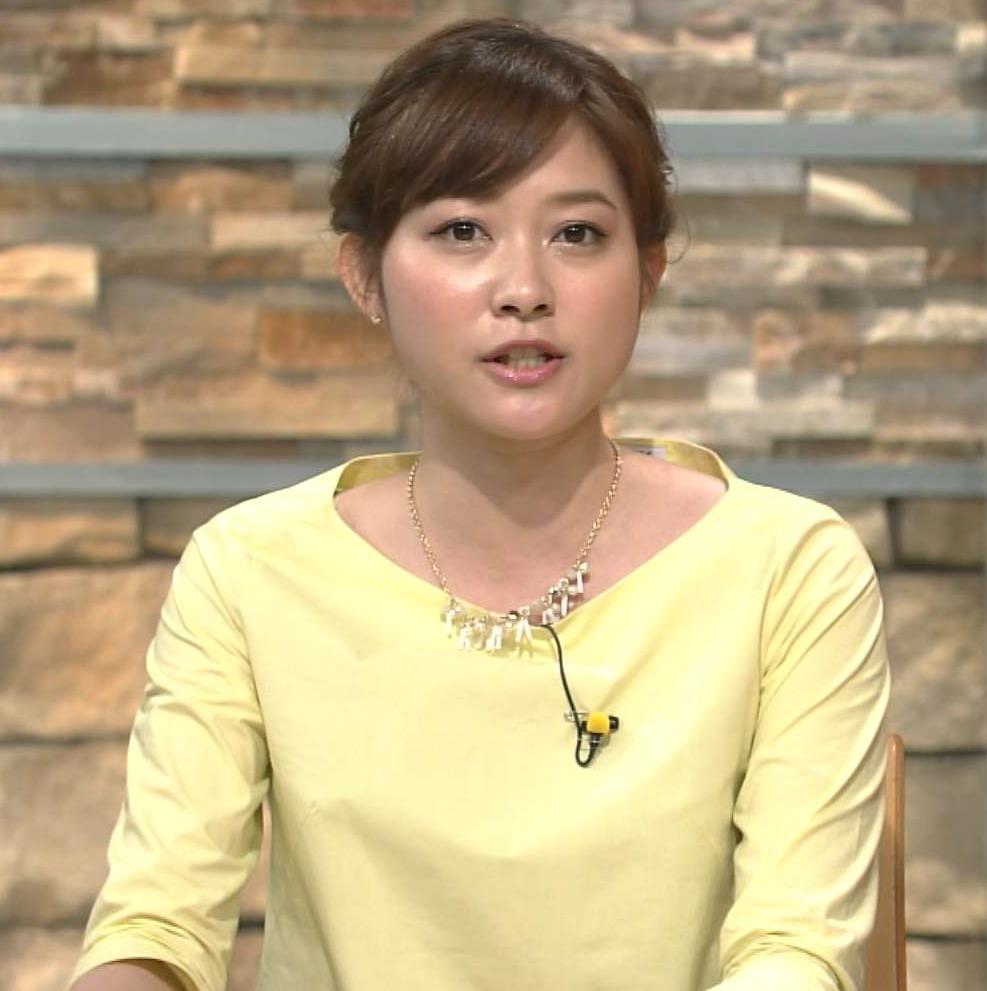 久冨慶子 ミニスカート画像4