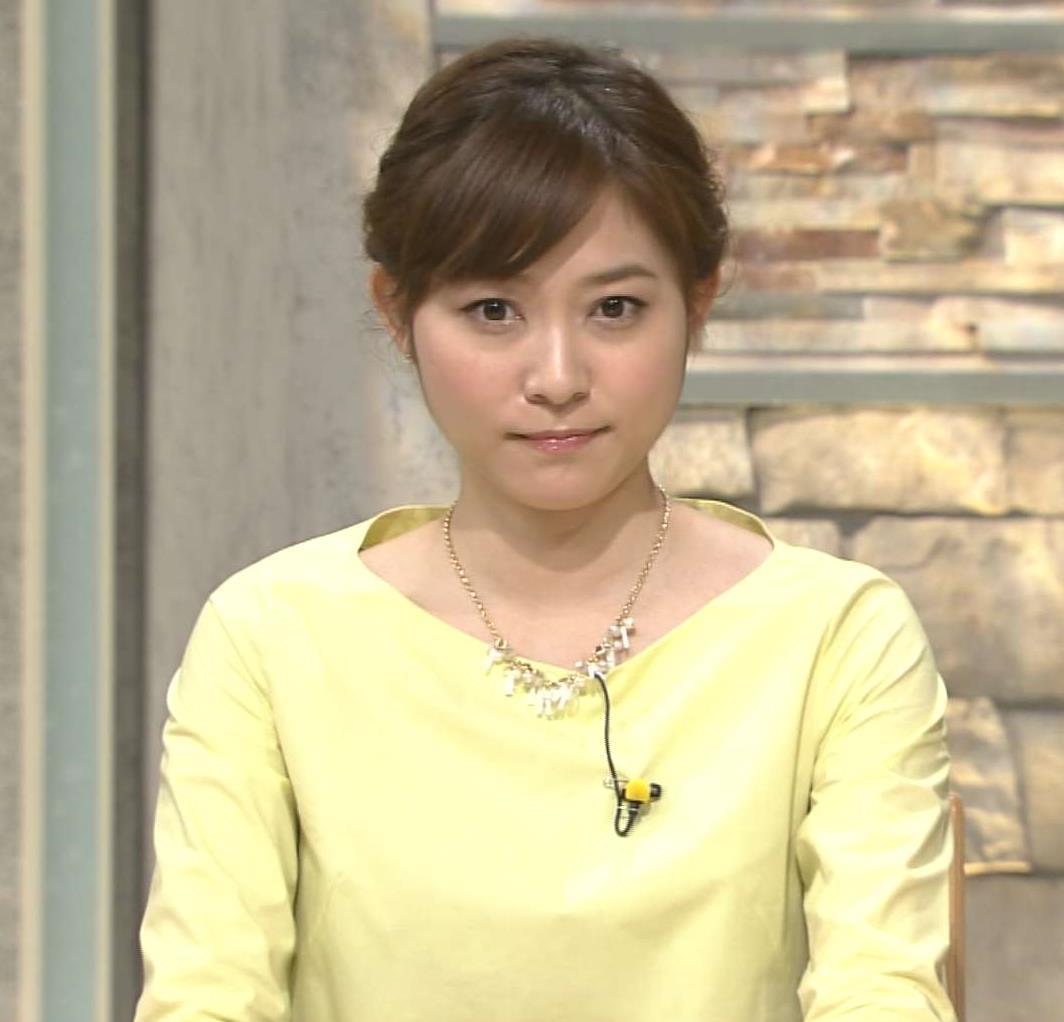久冨慶子 ミニスカート画像7