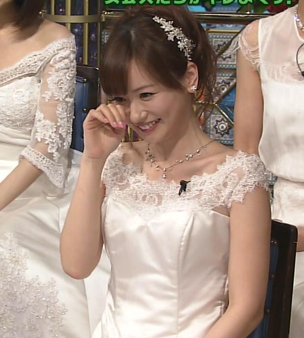 皆藤愛子 セクシードレス画像6