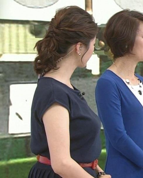 杉浦友紀 すごいおっぱいが横から撮られていた!