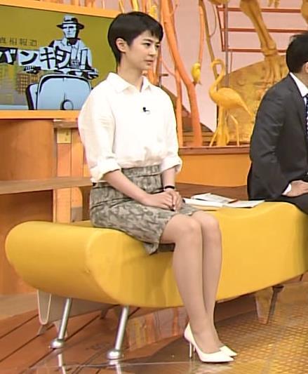 夏目三久 スカート画像2