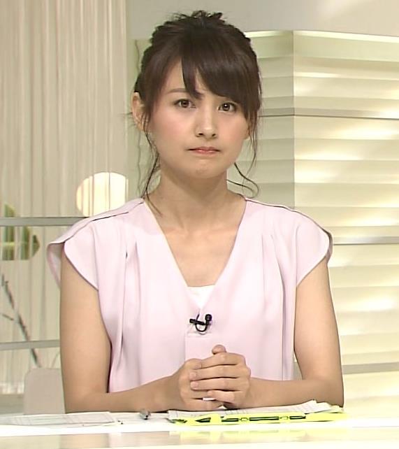 小正裕佳子 胸チラ画像5