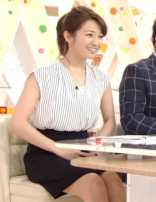 長野美郷 横乳画像12