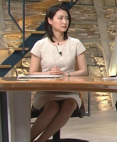 小川彩佳 パンチラ画像