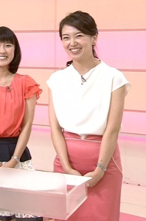和久田麻由子 スカート画像5