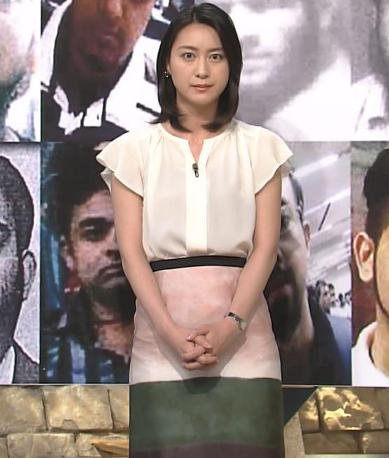 小川彩佳 スカート画像5