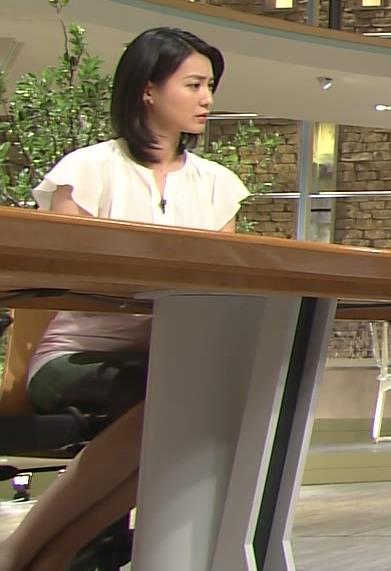 小川彩佳 スカート画像9
