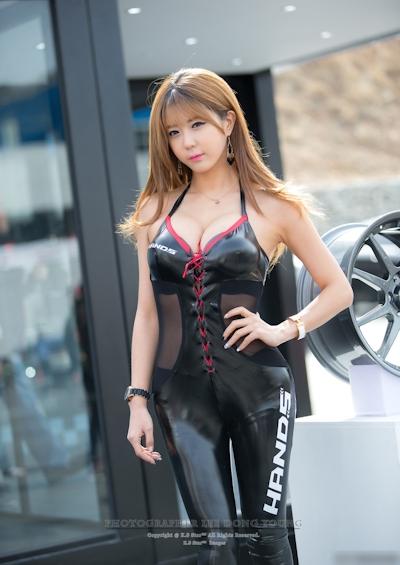 韓国美女モデル Heo Yun Mi(허윤미/ホ・ユンミ/許允美) レースクイーン画像 2