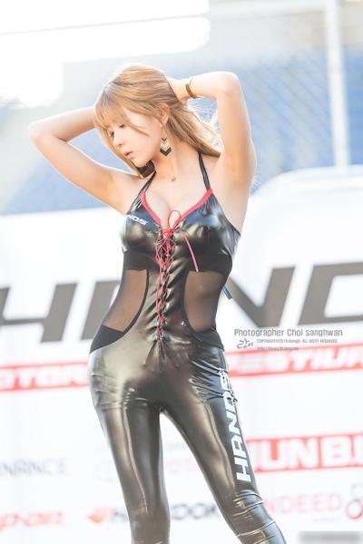 韓国美女モデル Heo Yun Mi(허윤미/ホ・ユンミ/許允美) レースクイーン画像 9