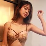 韓国美女モデルのセクシーランジェリー画像