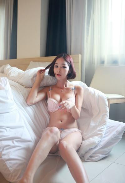 韓国美女モデル セクシーランジェリー画像 9