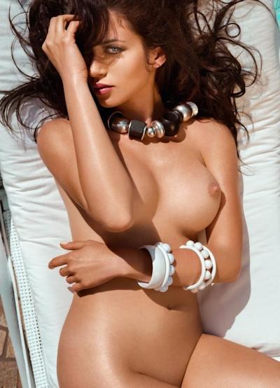 イタリアモデル Corinne Piccolo ヌード画像 6
